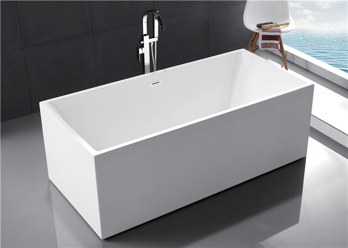 Multi Coloured Acrylic Free Standing Bathtub With Optimal