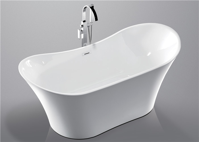 Deep Soaking Acrylic Oval Freestanding Tub For Small Spaces Hand Control supplier