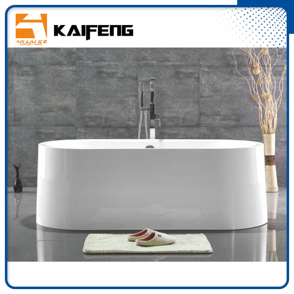 Large Oval Acrylic Freestanding Soaking Bathtubs White Color With Overflow supplier