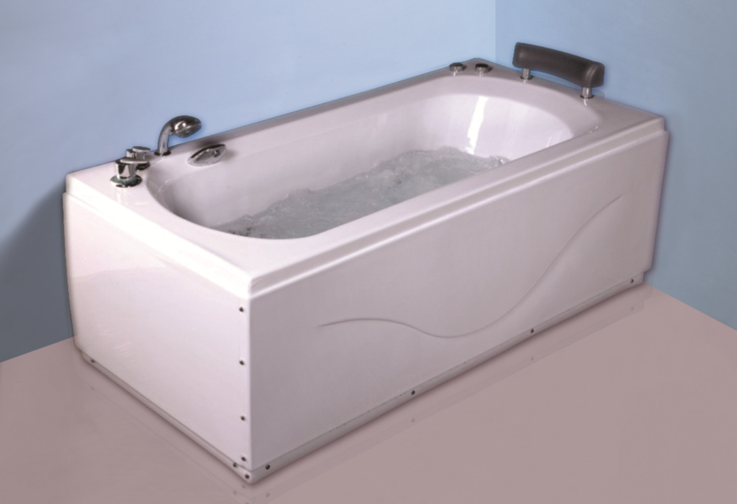 Comfortable Freestanding Air Jet Tub , Large Rectangle Jacuzzi ...