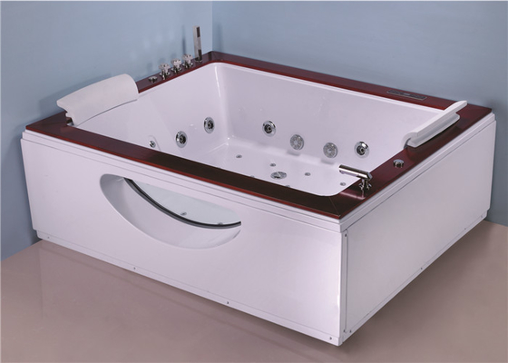 China Two Person Jacuzzi Bathtub Indoor , Electric Spa Soaking Tub With Oak Edging factory