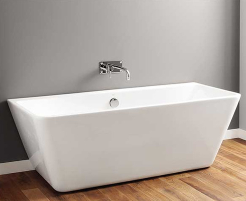China Pedestal Type Rectangular Freestanding Bathtub , Square Soaking Tub Small distributor